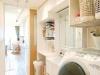 キッチンの奥にはユーティリティを配置し、家事動線が格段にアップ。