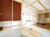 和紙を使った建具や杉板戸、造付けの棚なども見どころの一つ。